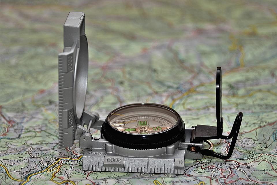 Di bussole e metri. Costruire strumenti di valutazione condivisi nel WRW